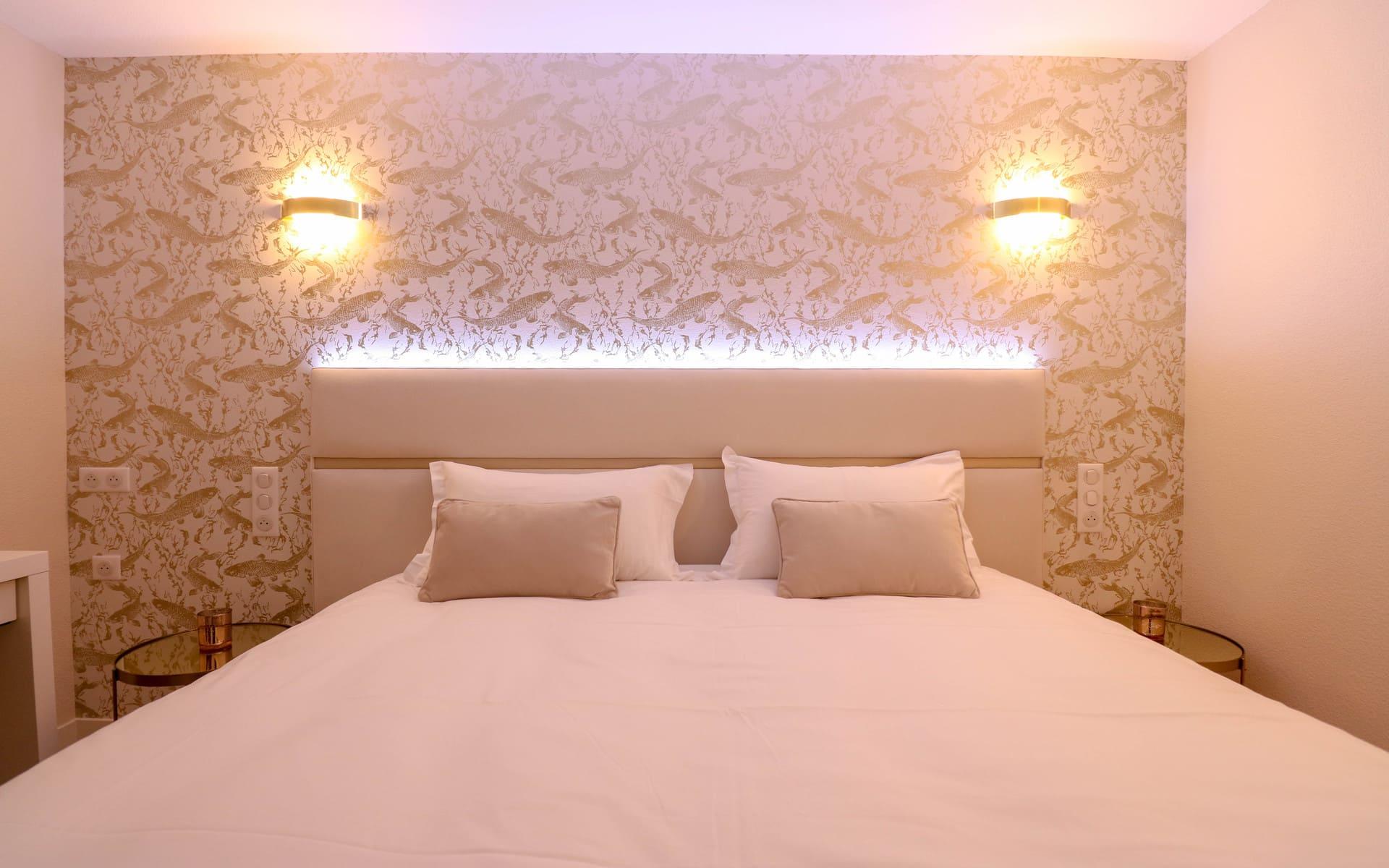 Mentions Légales - Chambres deluxe - Hôtel 3 étoiles stade Rennais